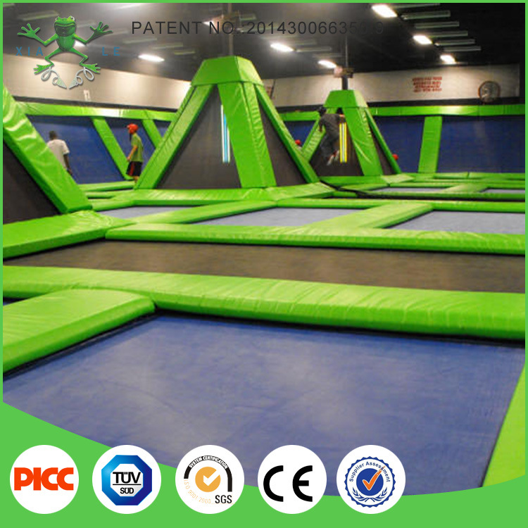 Xiaofeixia Customized Made Indoor Trampoline Park pictures & photos