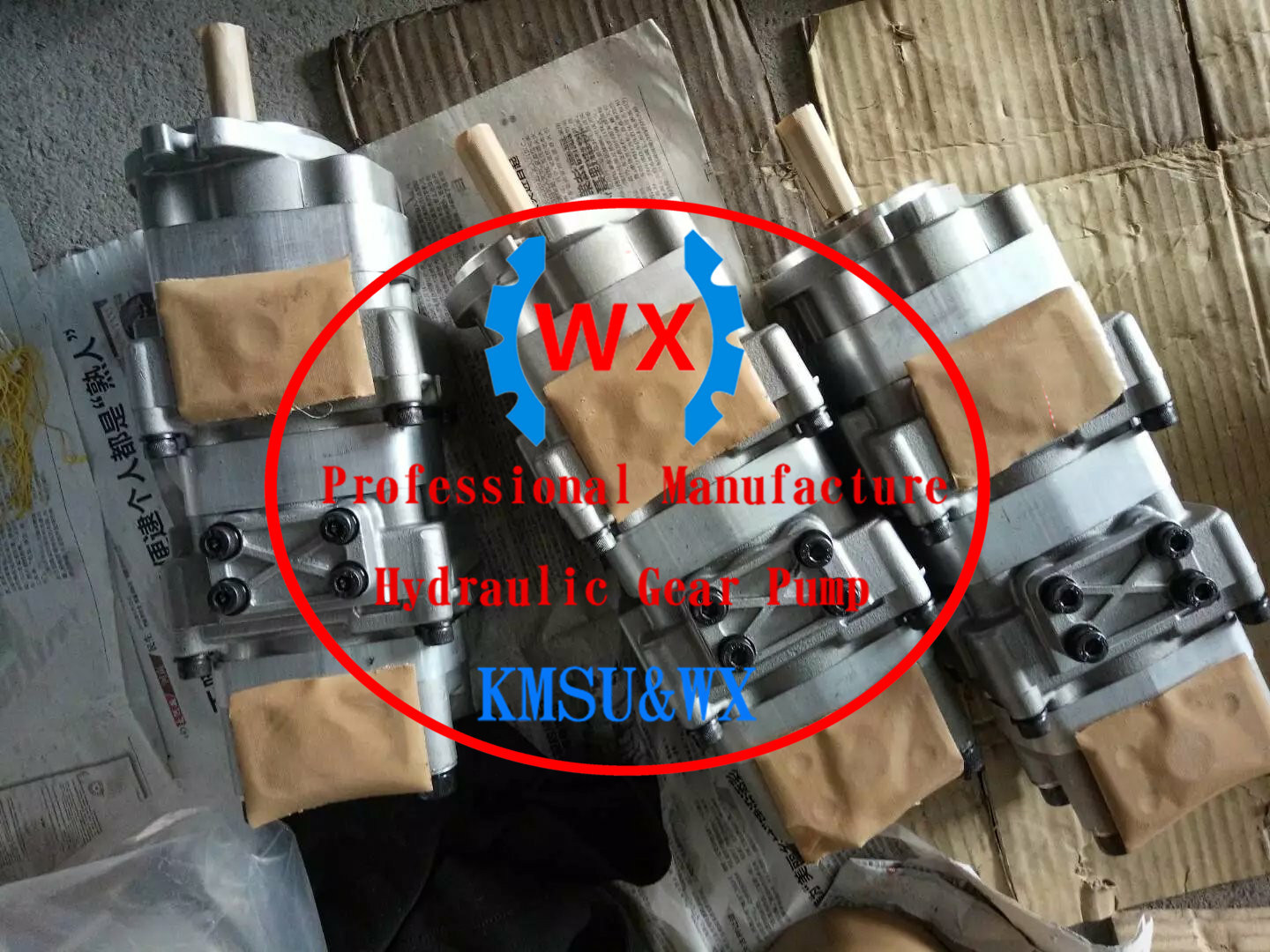 China Japan Genuine Komatsu D41p/E Bulldozer Hydraulic Gear Pump