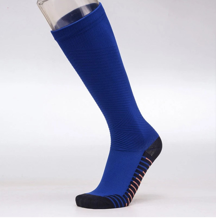 05e6f8f0a9 China Amazon Top Compression Socks Supplier Custom Sport Graduated Compression  Running Socks - China Custom Running Socks, Knee High Socks