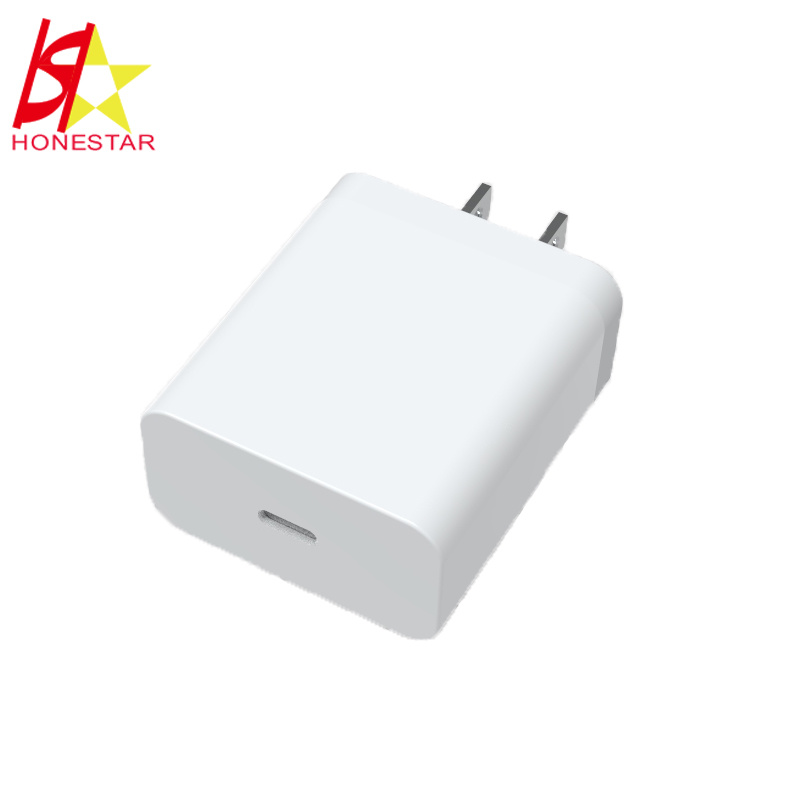 USB-C Power Adapter 18W Type C Pd Charger with Us EU Au UK Plug pictures & photos