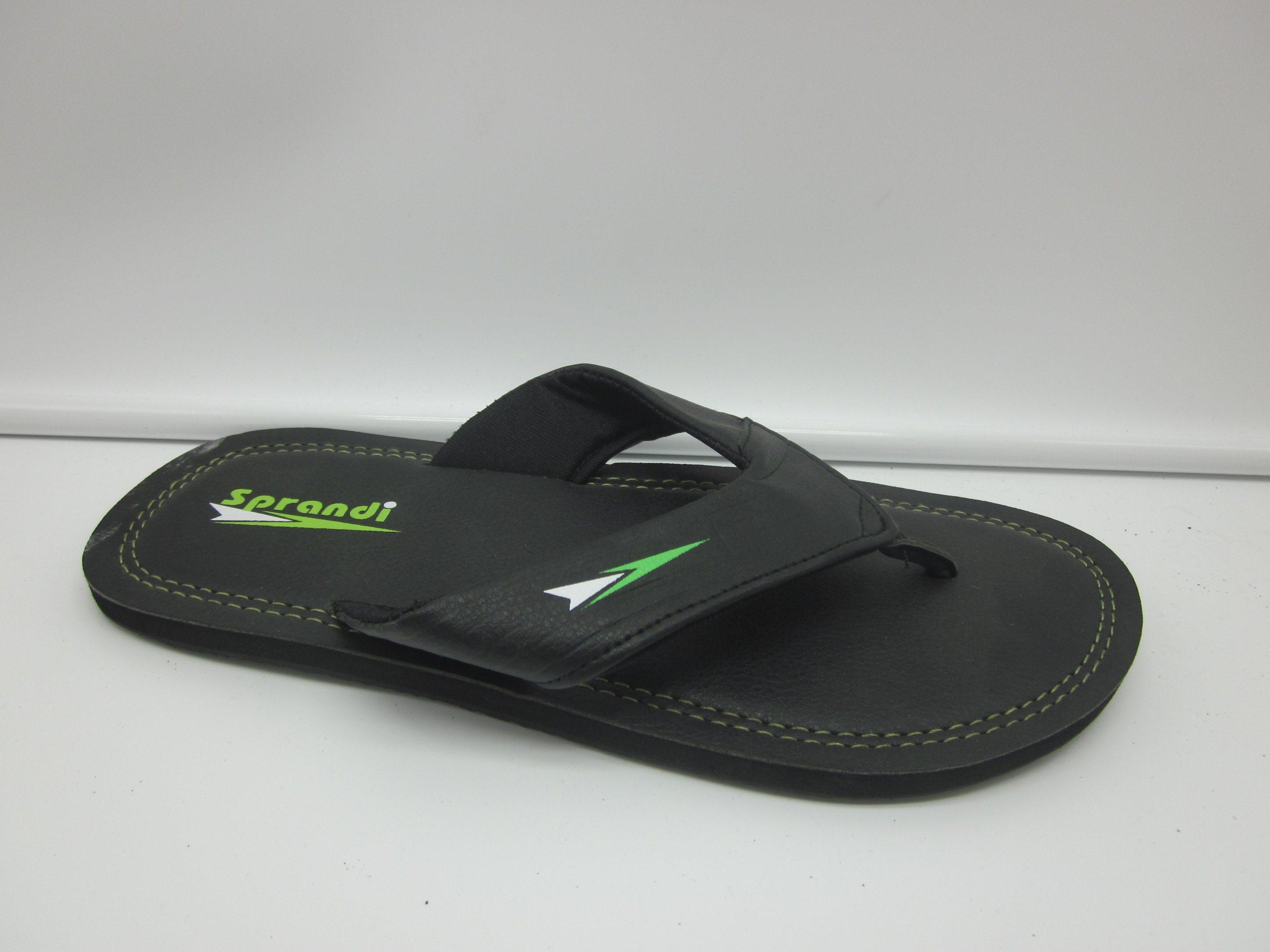 93b6bf1a0 China Fashion Men Beach EVA PVC Rubber Flip Flop Slipper Simple ...