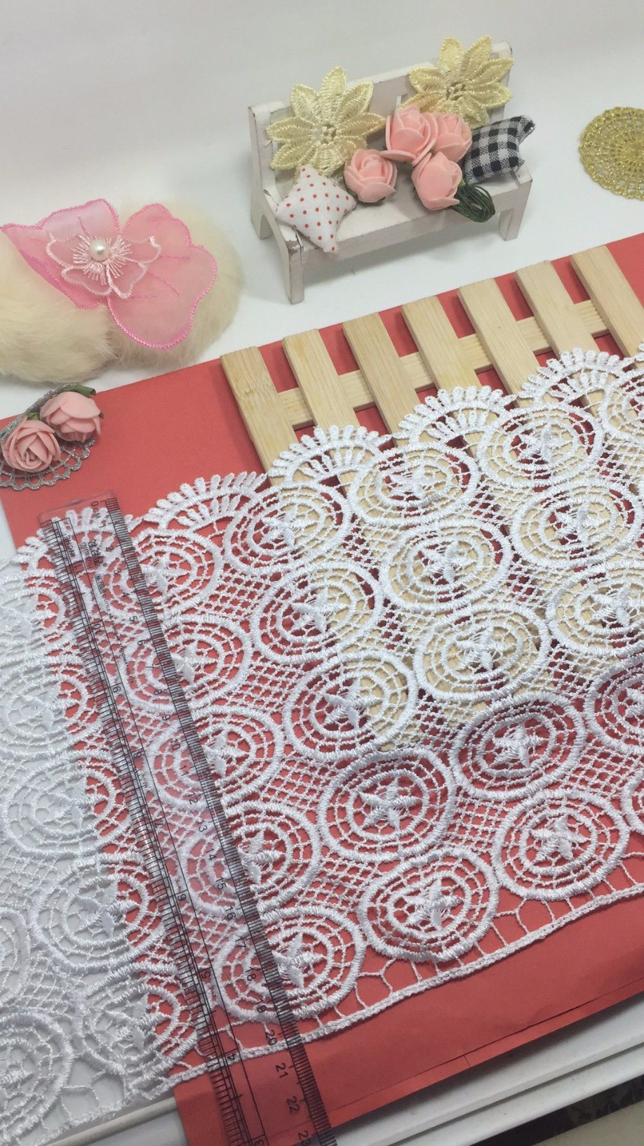 New Design Shape 20.5cm Width Embroidery Trimming Nyron Lace for Garments & Home Textiles & Curtains