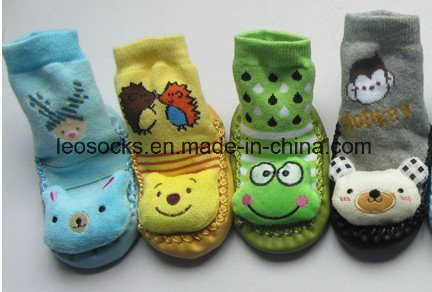 Wholesale Cute Cartoon Rubber Sole Baby Socks Happy Baby Prewalker Shoes pictures & photos