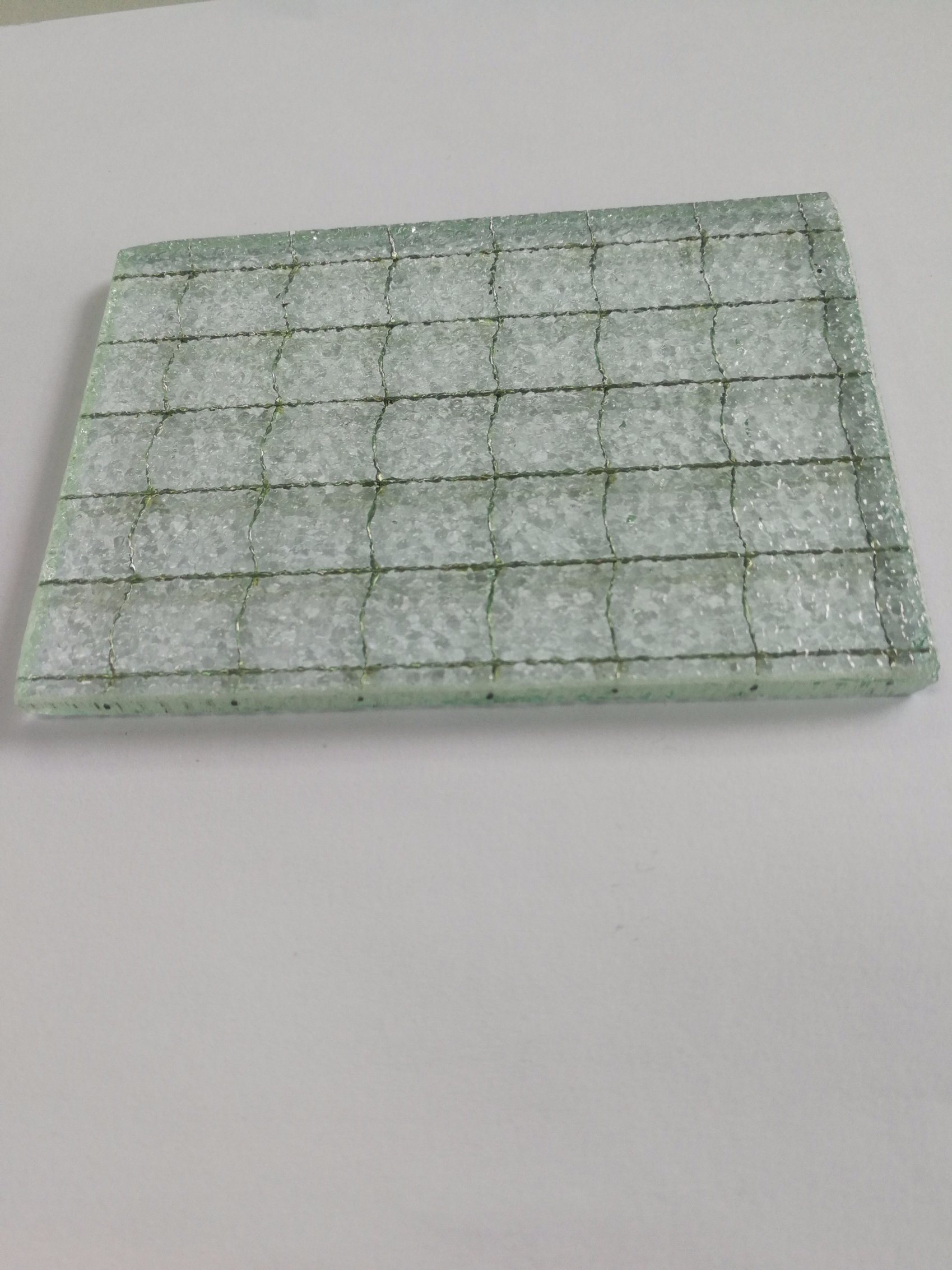 China Hot Sale Safety Wired Glass/Wire Mesh Security Glass - China ...