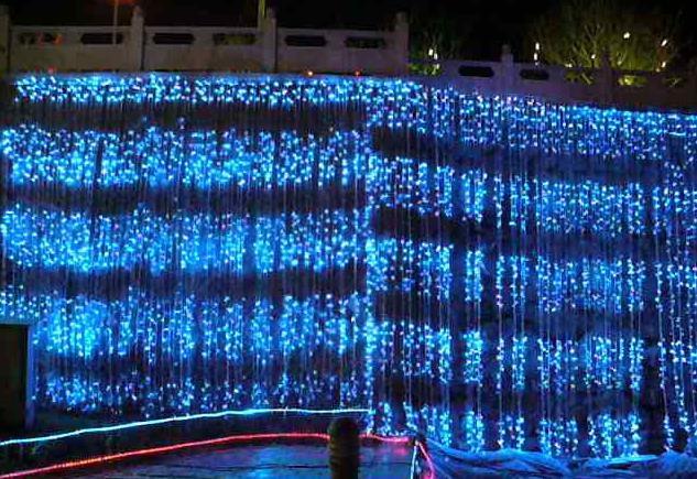 China Christmas Led Waterfall Light Holiday Party Decoration