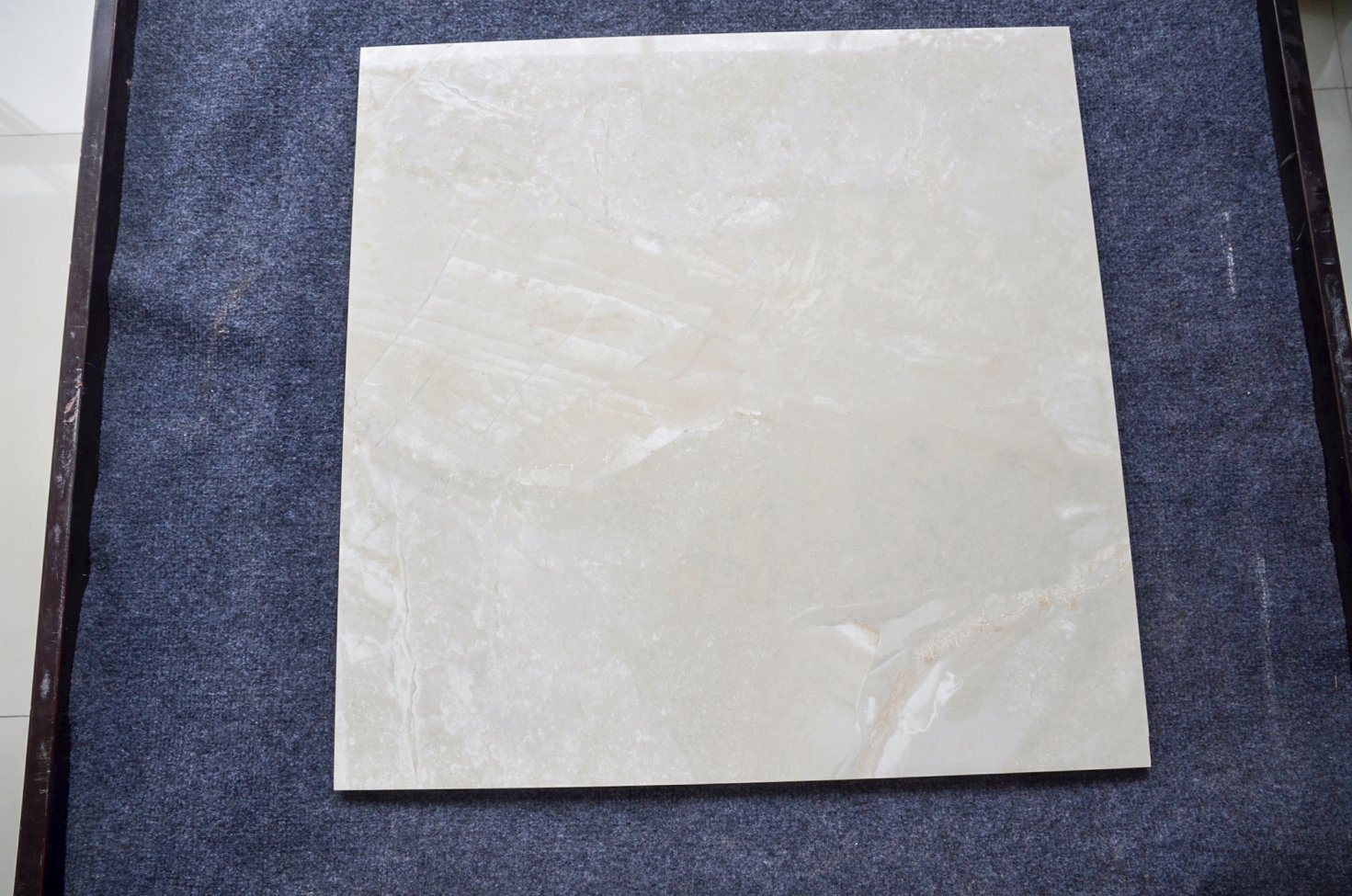 China Building Material in Spanish Porcelain Standard Ceramic Tile ...