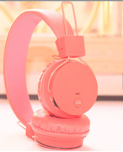 a4cd880683d Foldable Girls′s Bluetooth Headset with SD Card Player Stereo Headphone