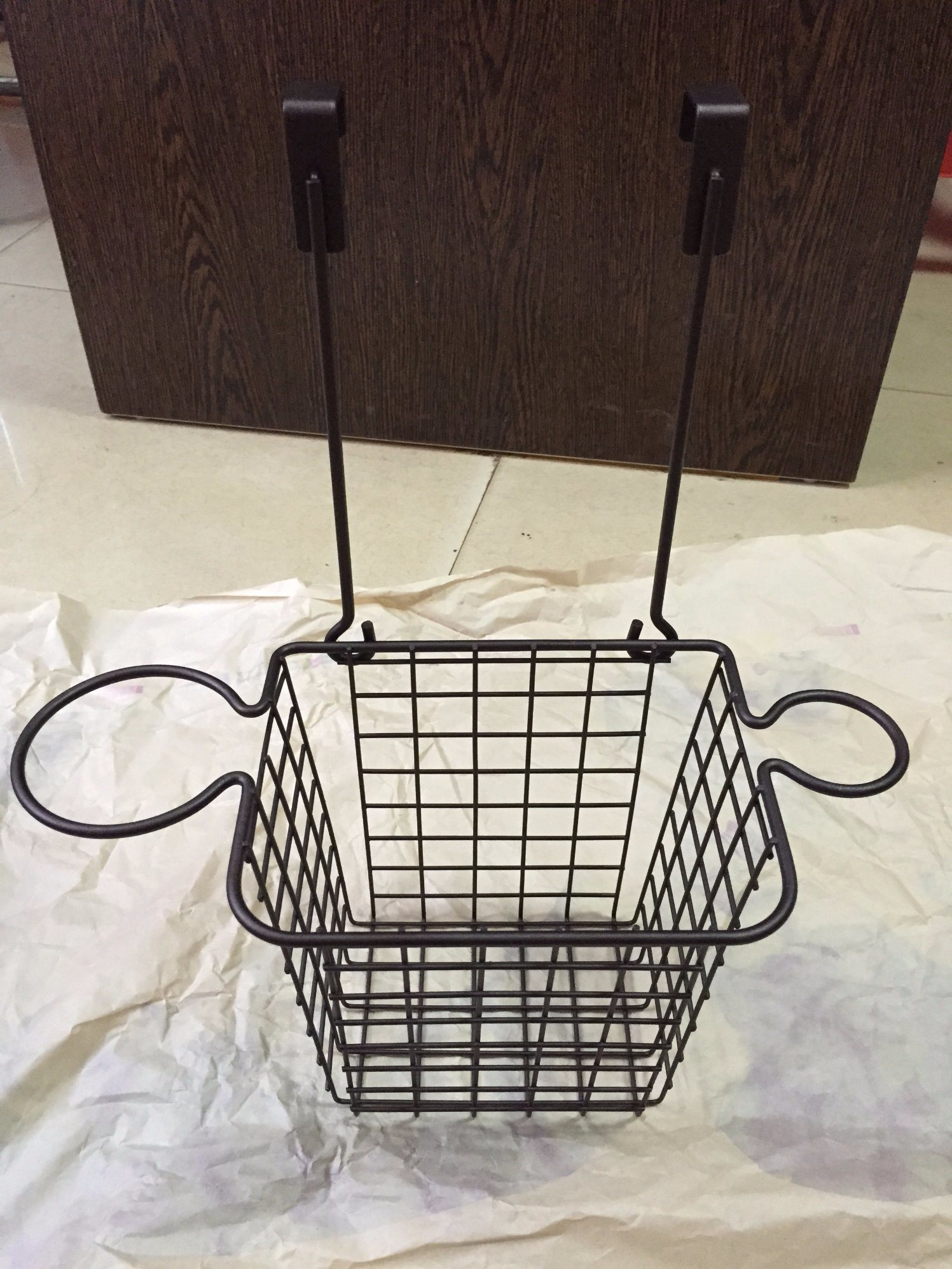 China Over The Cabinet Door Hair Dryer Holder With Storage Basket