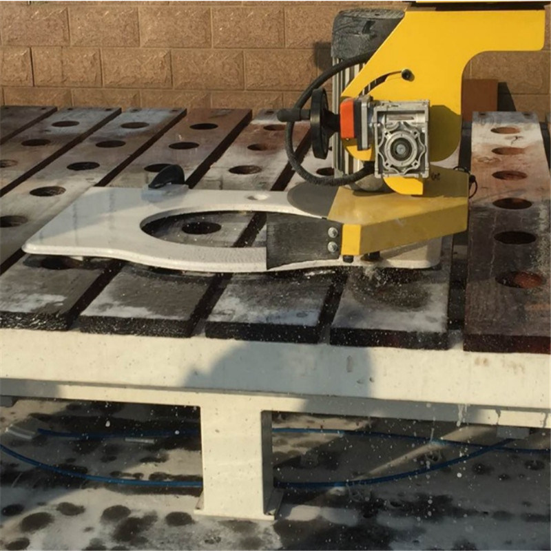 5 Axis CNC Stone Countertop Cutting Table Saw Machine From Helen 3# pictures & photos
