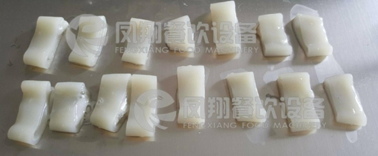 Automatic Sleeve-Fish Squid Ring Strips Cutting Cutter Slicer Slicing Shredding Machine pictures & photos