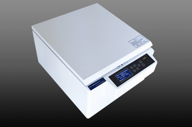 Laboratory/Medical Bentch Top Low-Speed Centrifuge