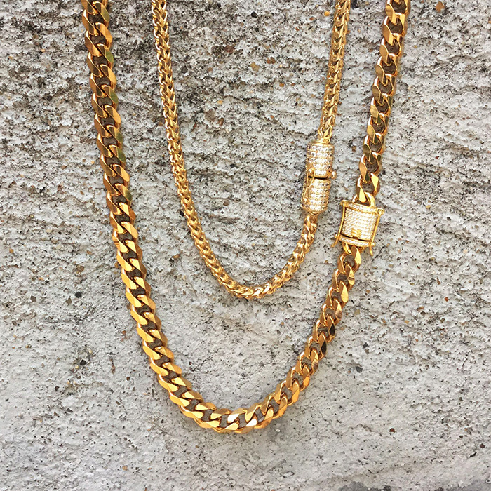f7250707faf52 [Hot Item] 18K Gold Diamond Clasp Cuban Link Chains Necklace Mjcn056