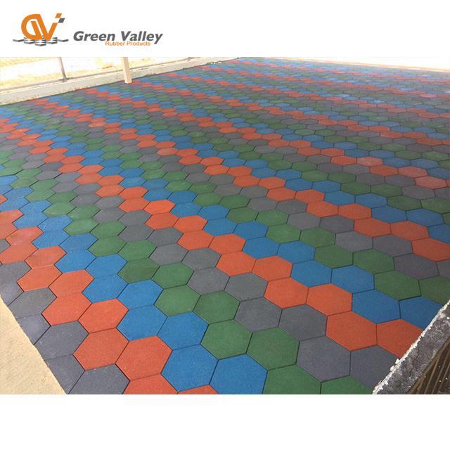 China Angular Rubber Floor Tiles