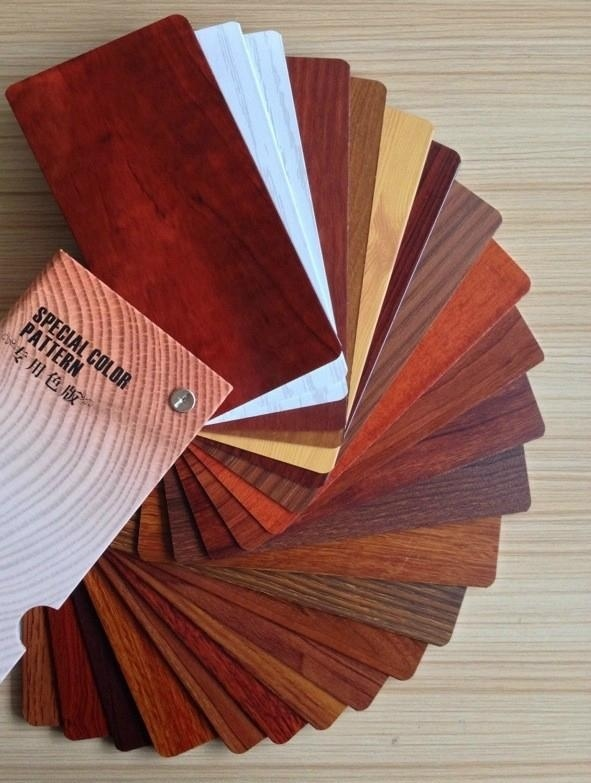 Wooden Grain Aluminium Profiles of Wooden Color Aluminium Profiles pictures & photos
