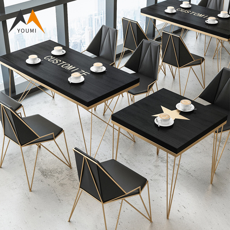 30 Black White Living Rooms That Work Their Monochrome Magic: Black Wood Dining Room Table