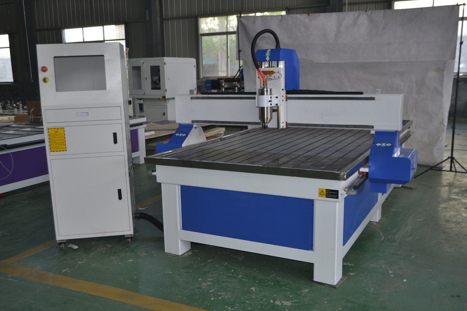 China Ce Certification Cnc Router Machine Without Vacuum And Dust