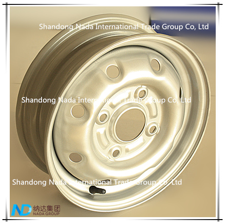 13.00x4.50J Tubeless Rim St Steel Wheel with TS16949/ISO9001: 2000