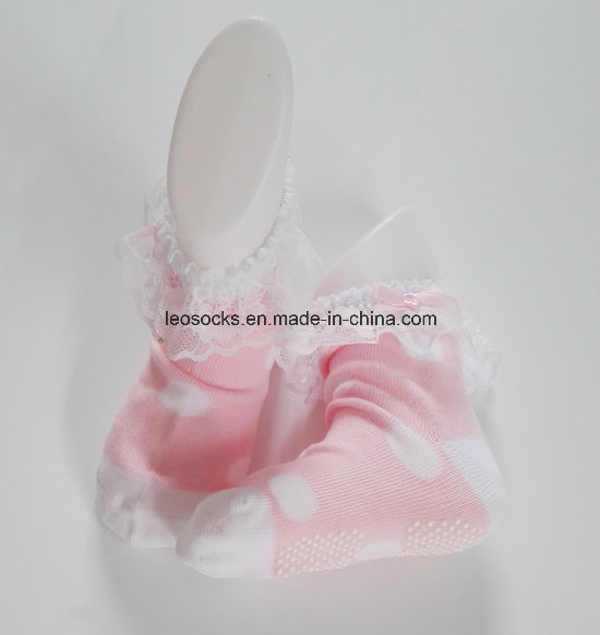 2016 Wholesale Lovely Soft 3D Fancy Anti-Slip Cotton Baby Socks pictures & photos