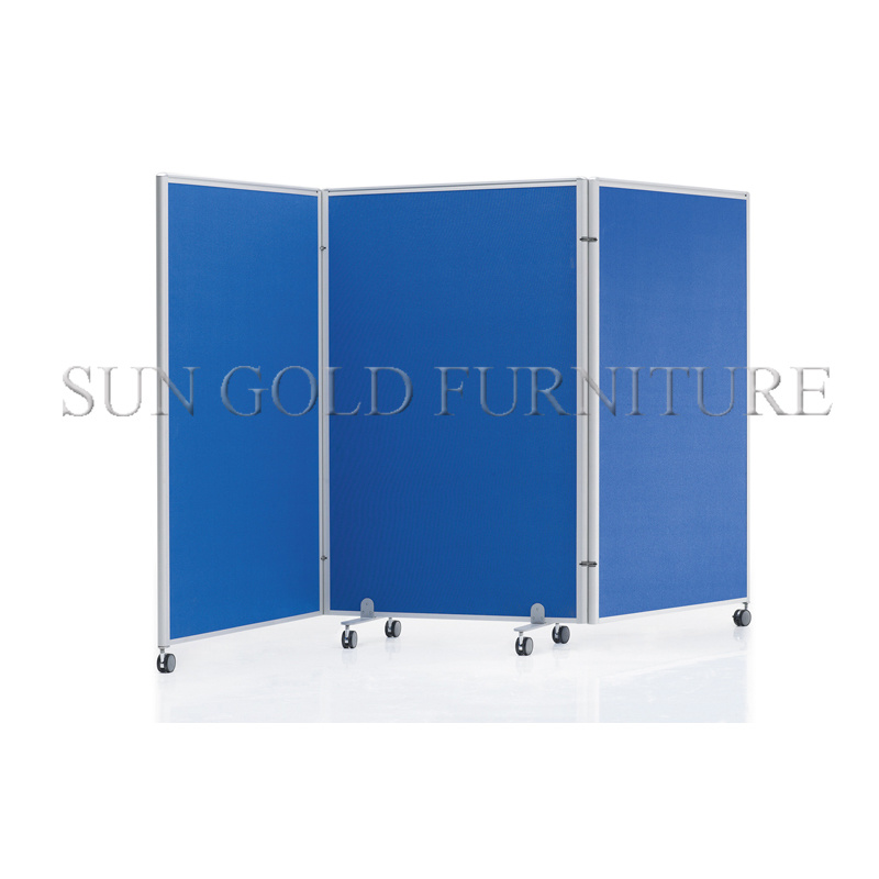 China Cheap Folding Screen Room Divider with Wheels Partition Wall