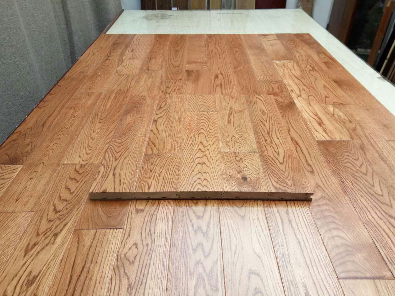 China Oak Hardwood Flooring Nature Or