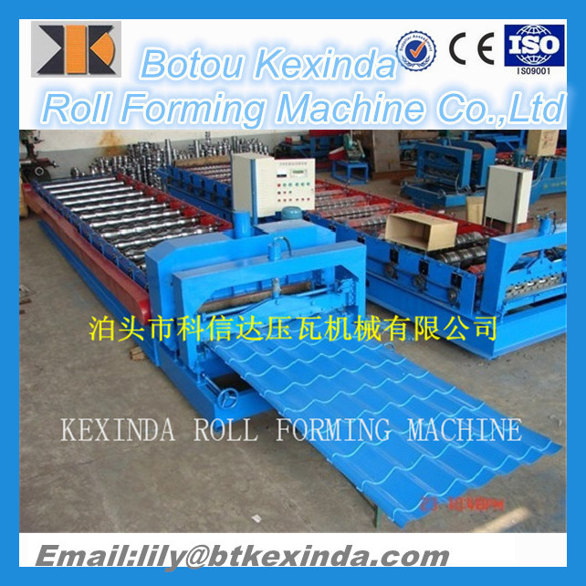 1100 Type Color Steel Roof Roll Forming Machine pictures & photos