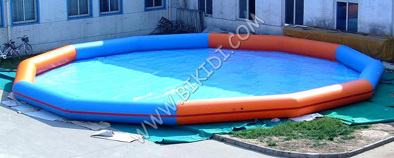 [Hot Item] New Product Unique Giant Inflatable Adult Swimming Pool D2041