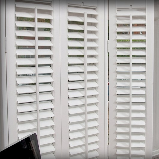 China Factory Wooden Basswood White Plantation Shutters