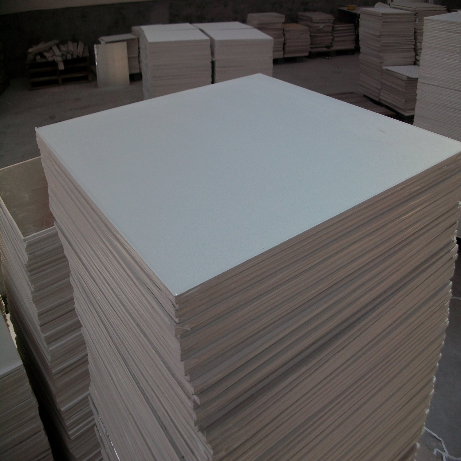 China good quality pvc gypsum ceiling tiles photos pictures made good quality pvc gypsum ceiling tiles dailygadgetfo Images