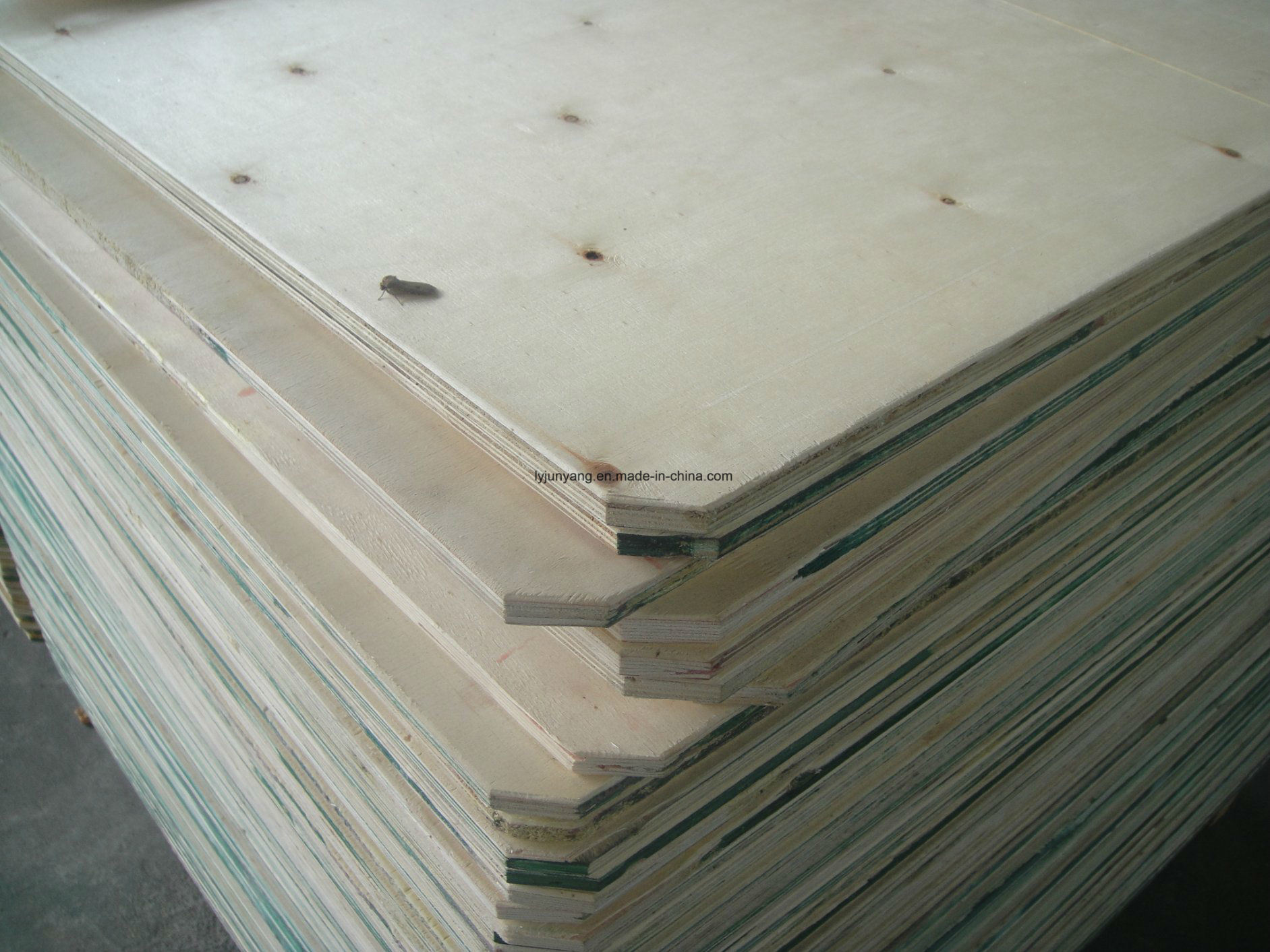 China Costs Prices Pallet Use Plywood Poplar Wood with Ce ...