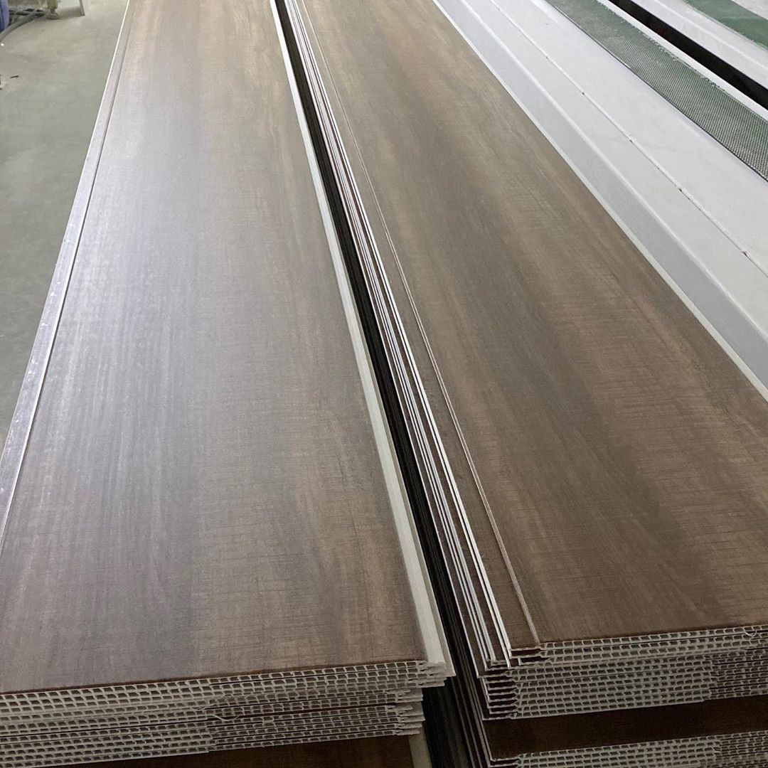 China 600X600mm Suspend Ceiling Roof Tile Laminate Wooden ...