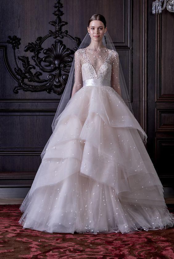 China Factory Wholesale Classic Bridal Wedding Dress With V Neck