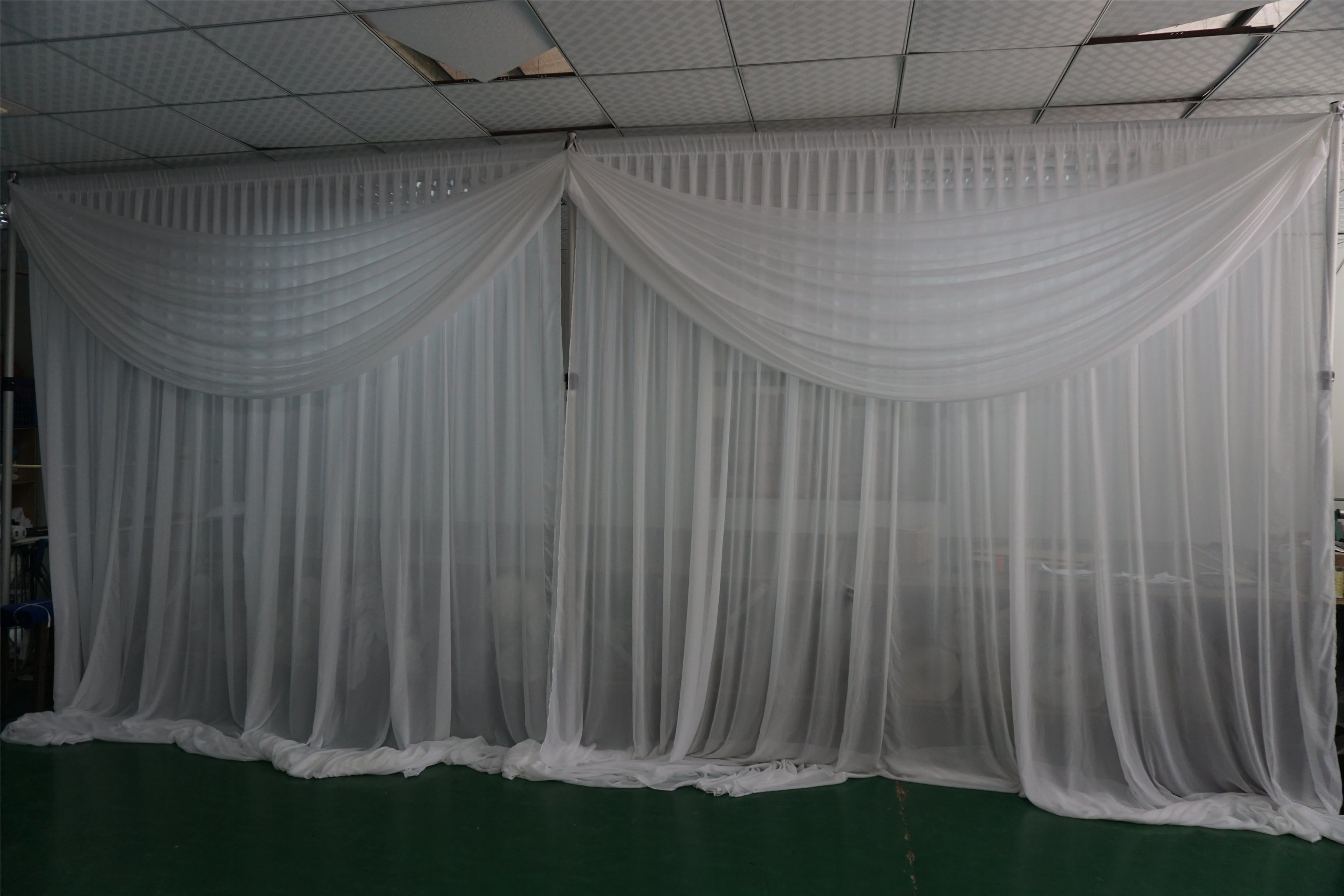 China Wedding Decoration Backdrop Pipe And Drape For Decoration For