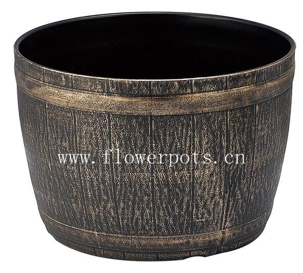 China Round Plastic Barrel Planter