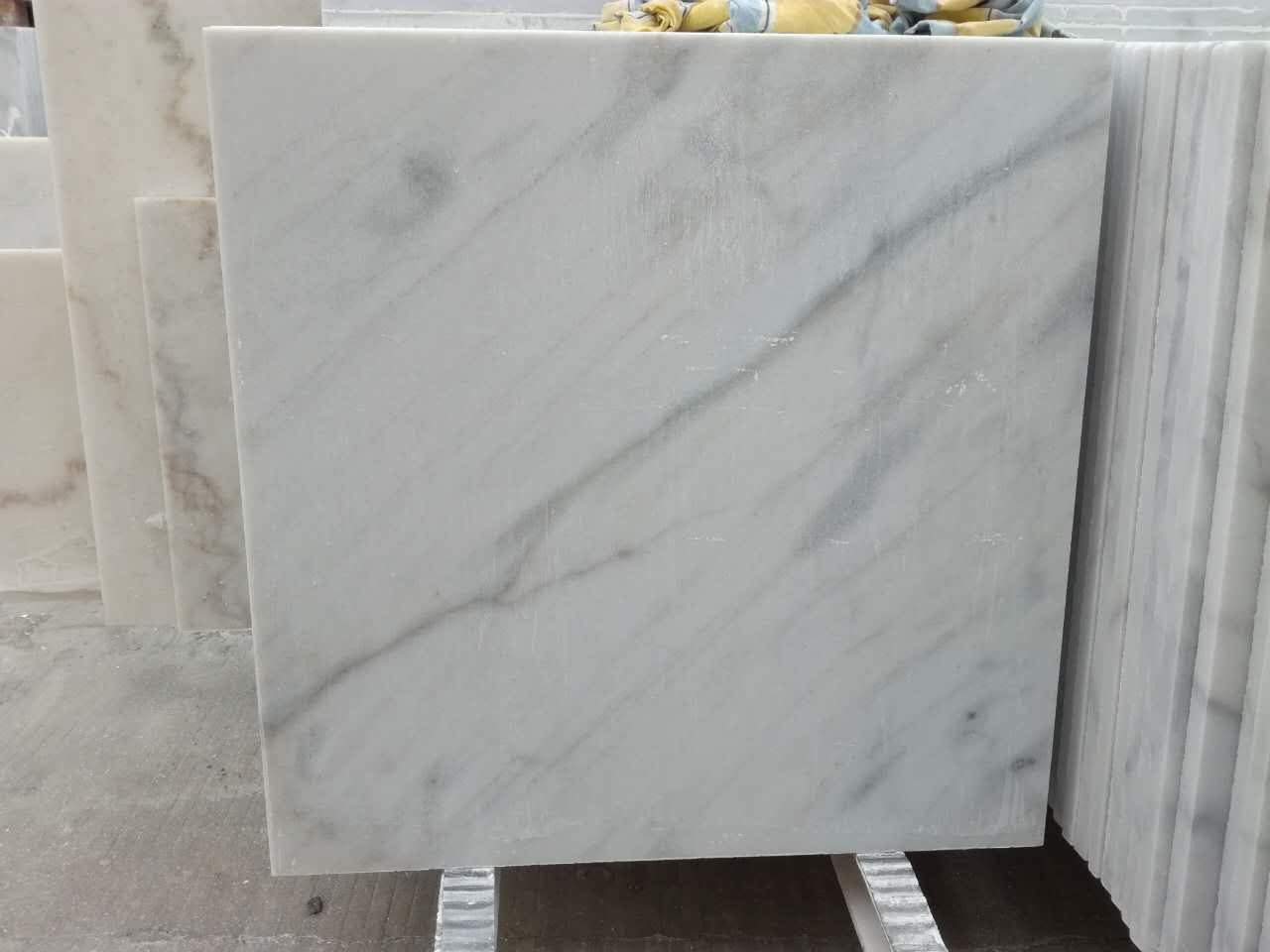Worldwide Delivery Iso Quality White Grey Vein Marble Tile Wholesale Manufacturer In China China Crystal White Marble White Marble