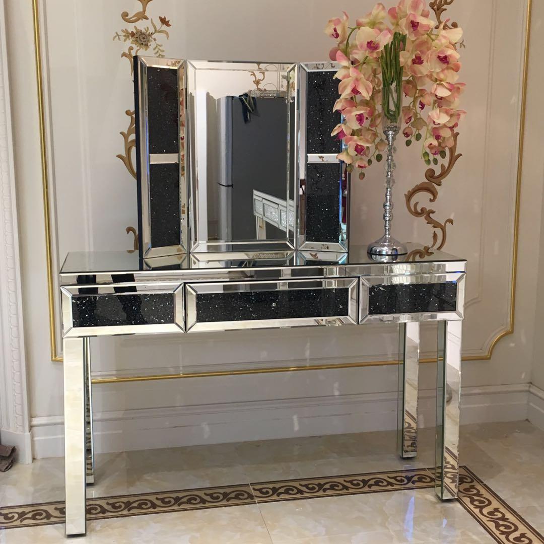 China Crushed Diamond Mirrored Dresser Bedroom Mirrored Furniture Dressing Table China Mirrored Dressing Table Mirrored Dresser