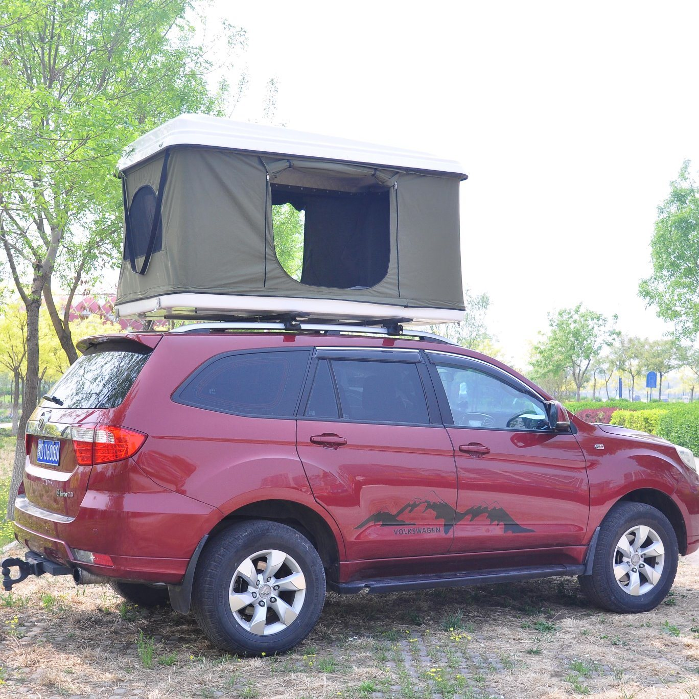 China Outdoor Overland 4x4 Accessories Car Camping Roof Top Tent China Fiberglass Car Roof Top Tent And Hard Shell Roof Top Tent Price