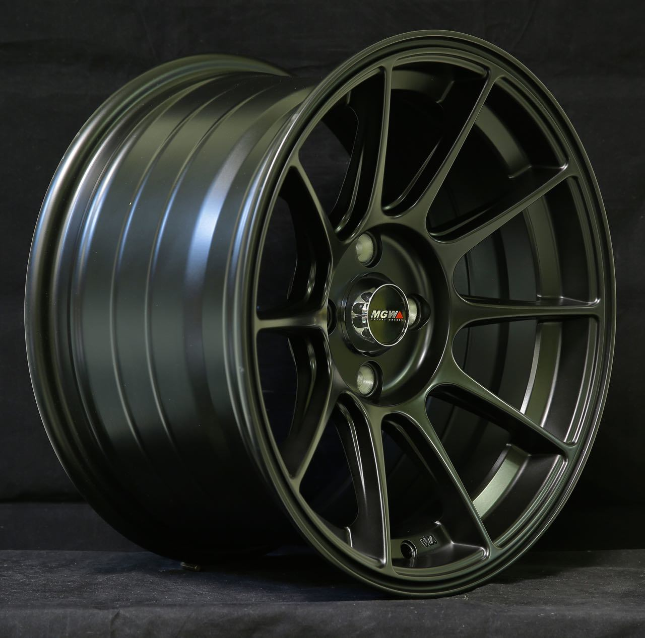 Customize Your Own Car >> China 15 Inch Alloy Wheel Aluminum Rim 4X100 4X114.3 Wheel ...