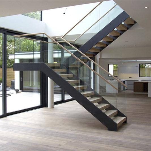 China Modern Stylish Solid Wood Tread Straight Stair