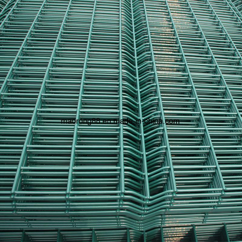 China 50*200mm Hole Size PVC Coated Welded Wire Mesh Fence - China ...