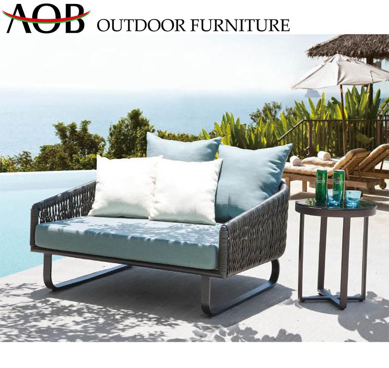 [Hot Item] Modern Outdoor Garden Home Resort Villa Rattan Wicker Furniture  Sunlounger Sunbed Daybed Sofabed