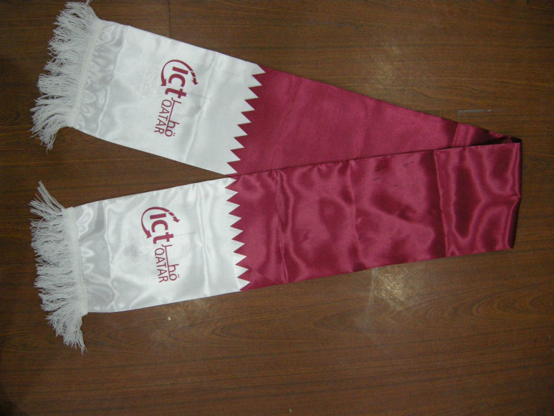 China Cheap Satin Polyester Qatar Flag Scarf For Qatar National Day Photos Pictures Made In China Com
