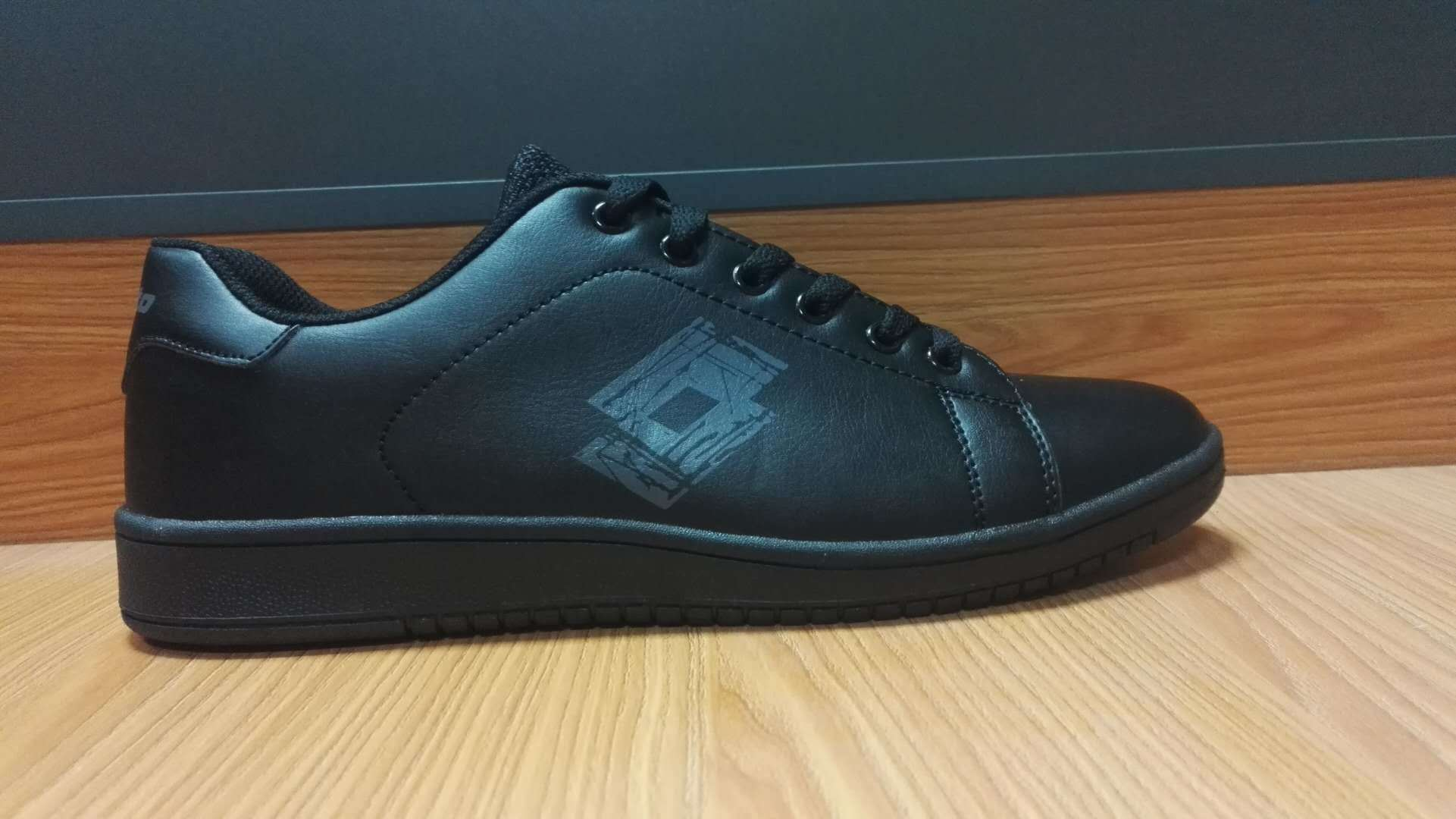 China Men Casual Shoes and PU Shoes