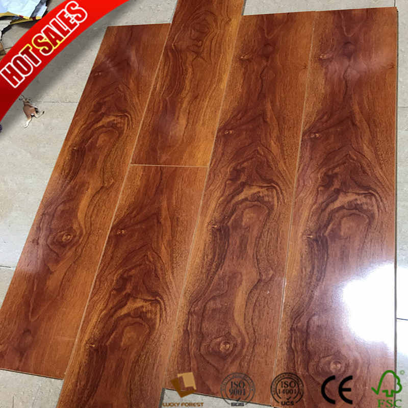 China Laminate Flooring Honeycomb Mat Underlayment 8mm 10mm Hardwood Building Material