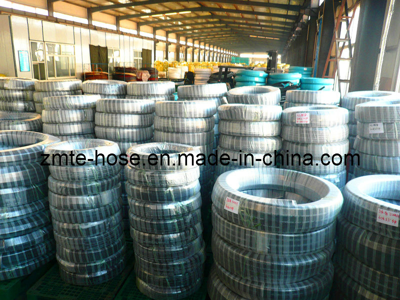Oil /Gasoline Transferring Flexible Rubber Hose pictures & photos