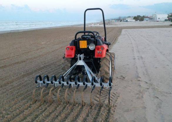 Tractor Mounted Beach Cleaner Rake Gr