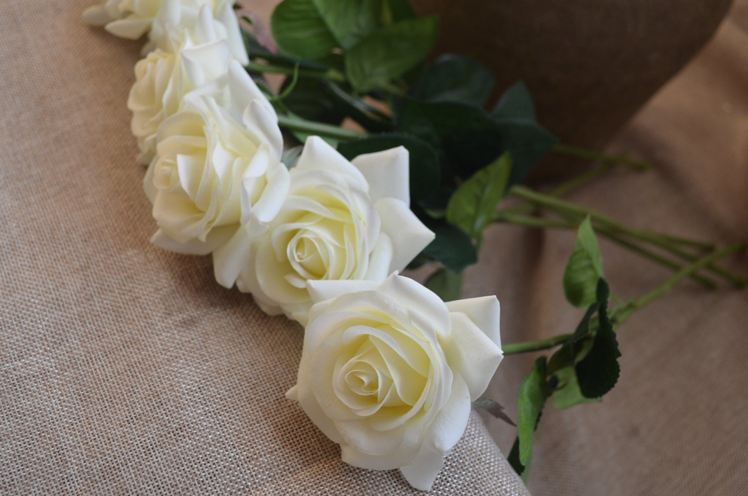 China Wholesale Ivory Cream Roses Real Touch Wedding Flowers Diy