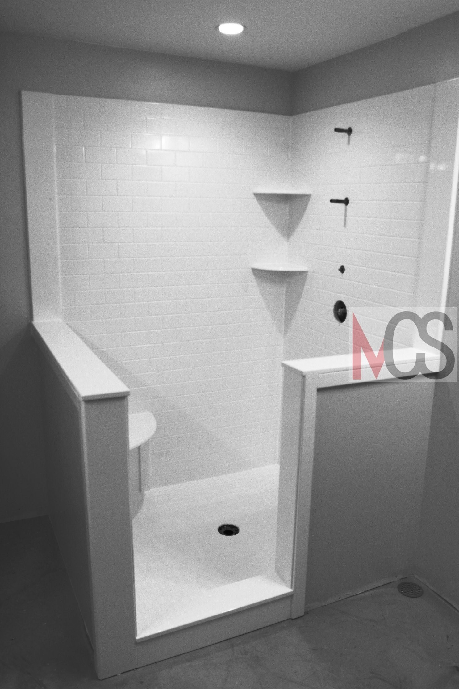 China Owned Cultured Marble Tub Shower Surround Manufacturers For Popular Hotel Bathroom China Cultured Marble Shower Surround Artificial Stone Tub Surround