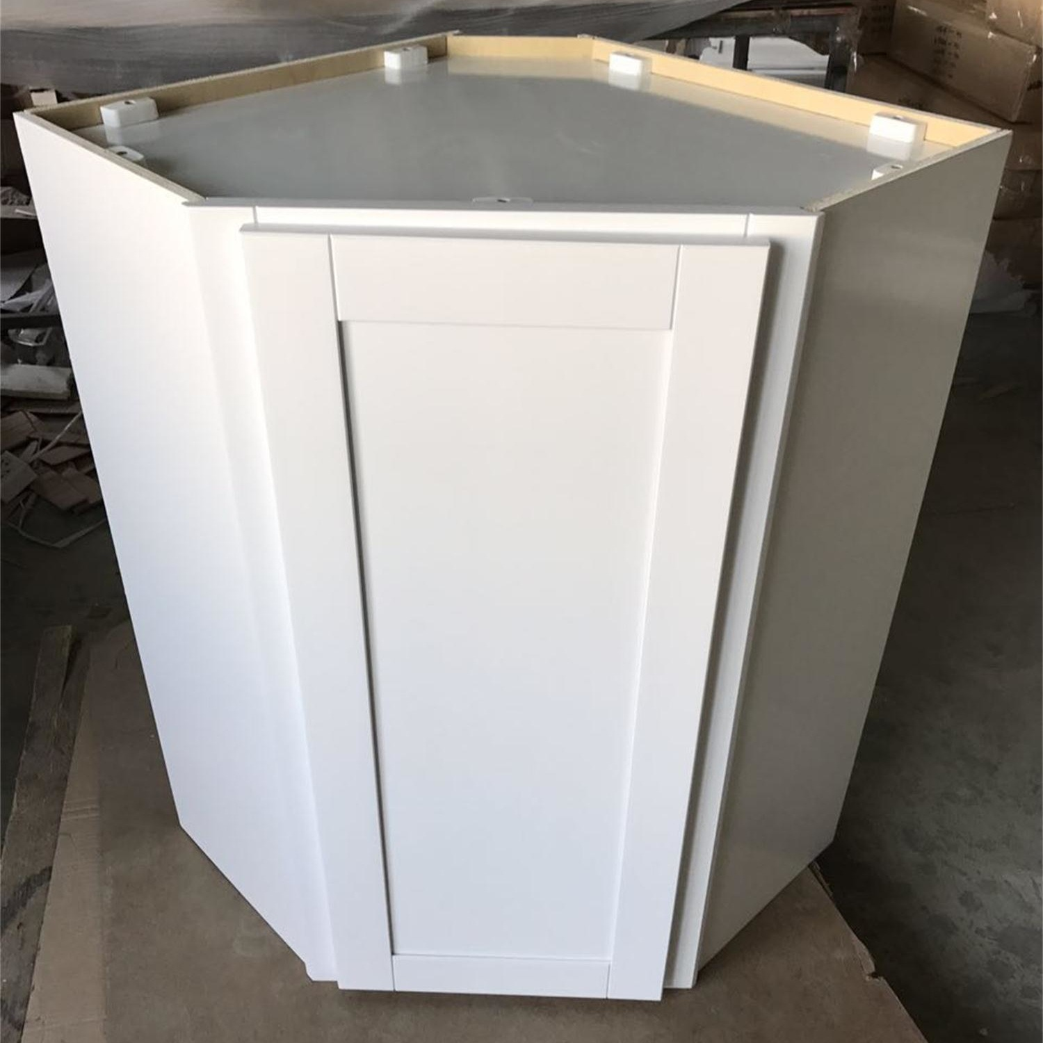 White Solid Wood Ready to Assemble Kitchen Cabinets on Sale
