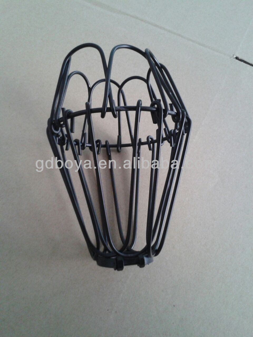 China E27 Bulbs Covers Lamp Cage Wire Cages Lamp Shades - China Lamp ...