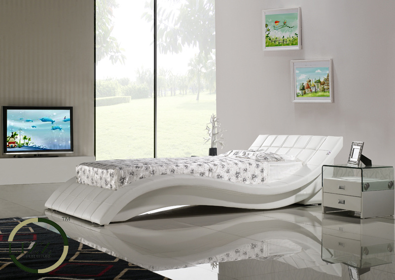 China Luxury Bedroom Furniture Fancy Solid Wooden Leather Bed ...